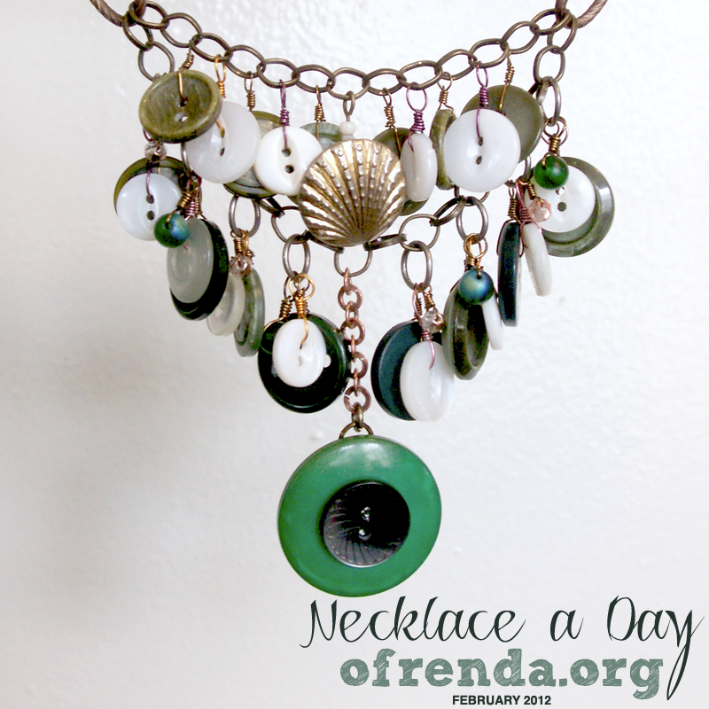 Necklace a Day 2 green buttons